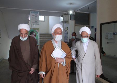 بازدید اعضای هیئت امنای پژوهشگاه از نمایشگاه دائم آثار و محصولات پژوهشگاه